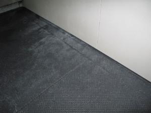 お風呂の床の色について