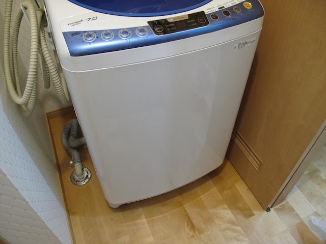 TOTO 洗濯機用防水トレイ PWY1W設置前