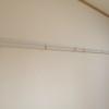 壁に物を掛けるのに便利な 付長押ピクチャーレール