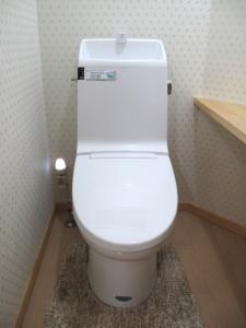 断水時、停電時のタンクレストイレも使用できる手洗器付トイレ