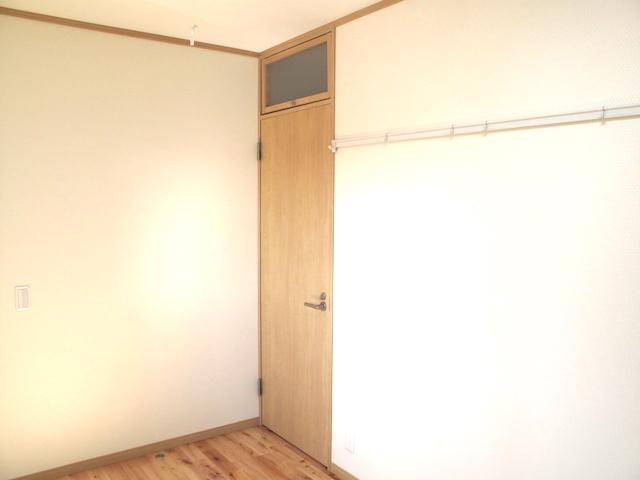欄間付き室内ドア閉